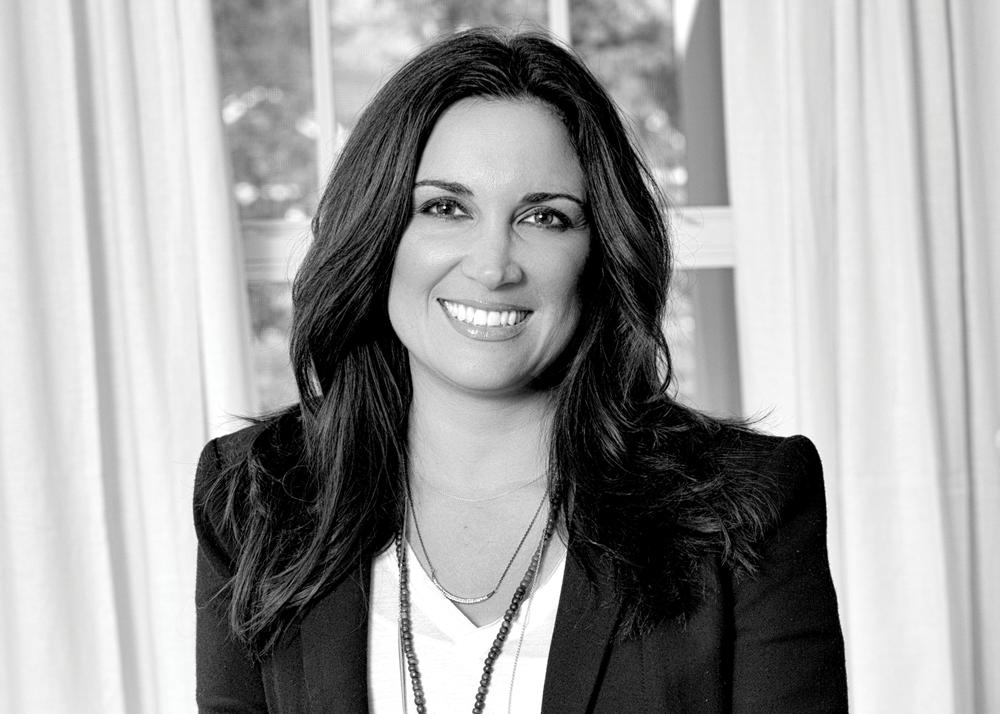 The Face of Real Estate Expertise - Renee Lossia-Acho - KW Domain