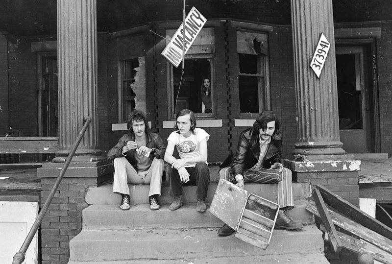 Barry Kramer, Dave Marsh, and Lester Bangs on the steps of Creem's headquarters