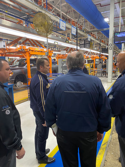 Mike Manley and workers at Sterling Heights Assembly Plant