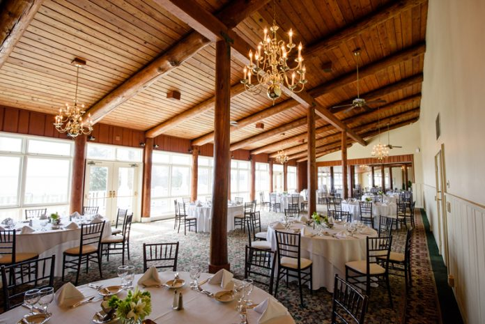 Mission Point Resort dining room